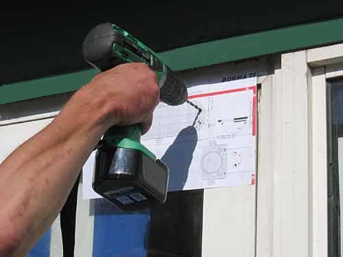 Пример установки дверного